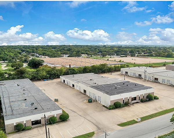 Newly combined Birtcher Anderson & Davis closed on first acquisition in Texas