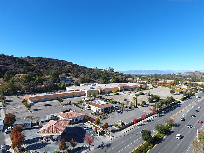 Undeveloped land at 399 Hampshire Road in Thousand Oaks.