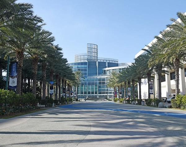 Estimated $2.6B in economic losses due to convention center's shuttering during pandemic