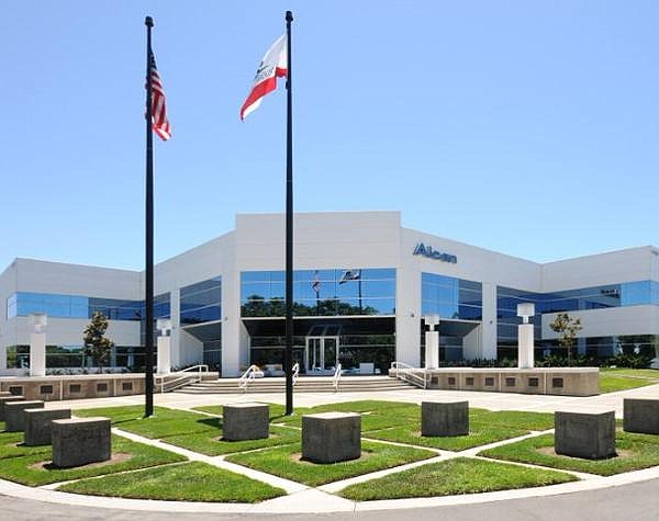 Eyecare device maker estimated to employ more than 1,000 in OC