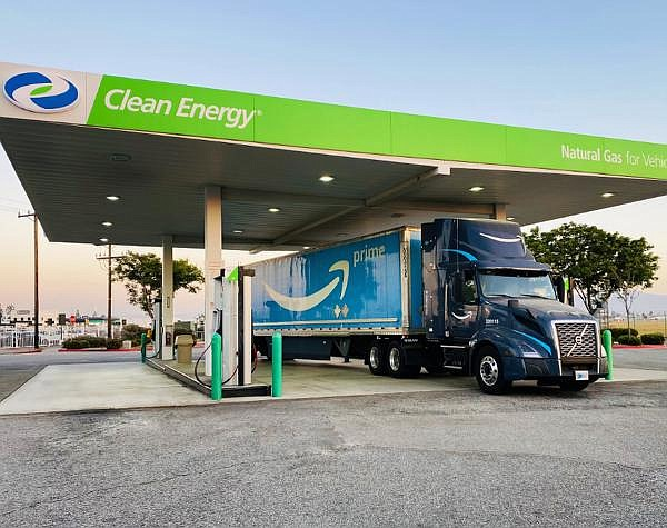 Amazon truck refuels at one of Clean Energy's stations