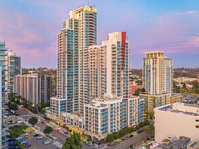 Vantage Point Apartments downtown sold for $312 million. Photo courtesy of CoStar.