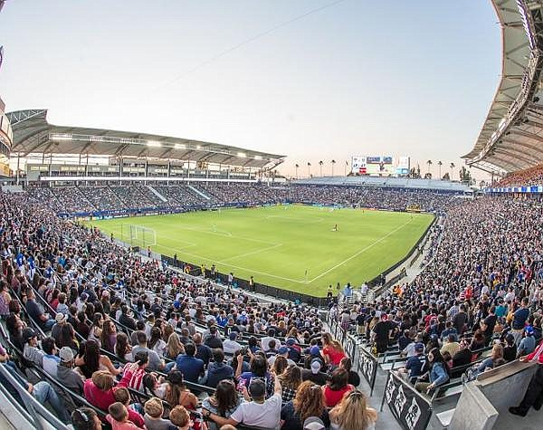 Firm's systems enable wireless use at stadiums, other large venues
