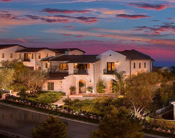 Coral Crest: a New Home luxe Community built several years ago in Crystal Cove