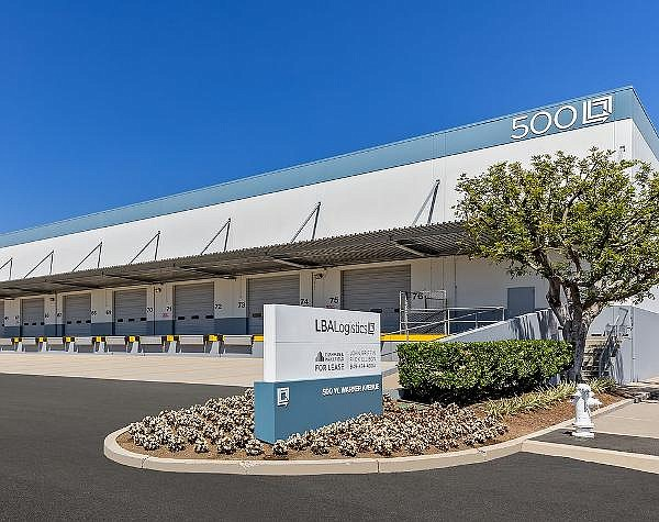 246,622-SF lease at revamped 500 W. Warner facility