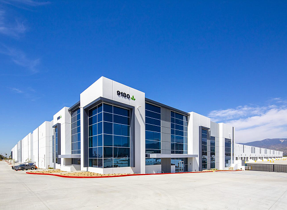 9180 Alabama Street is a 1,079,236 SF facility in the heart of the Inland East submarket in Redlands. Duke Realty leased the speculative development more than six months prior to completion of the project.