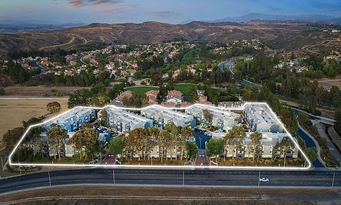 The Retreat apartment complex in Santa Clarita.